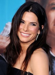 SANDRA-BULLOCK-NET-WORTH